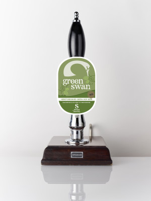 Green hop beer Green Swan 4.1% Herefordshire Jester hops