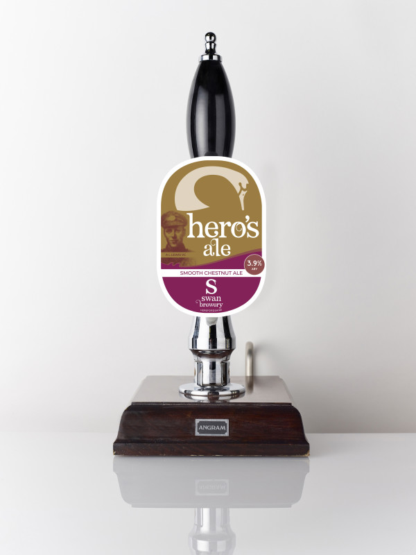 Hero's Ale smooth Herefordshire chestnut ale pump clip