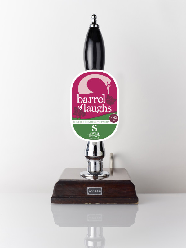 Clouded chuckleberry wheat beer Barrel of Laughs 4.4% Swan Brewery